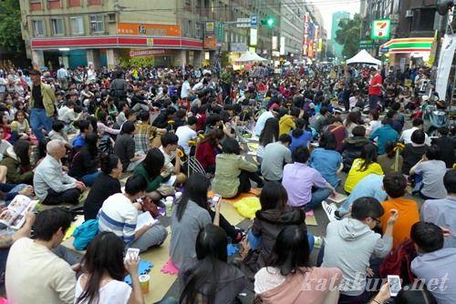 立法院,台湾,デモ,学生,ひまわり