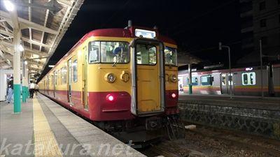 115系,新潟色,吉田駅