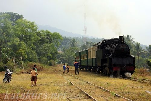 アンバラワ,ジャワ,保存SL,ラックレール