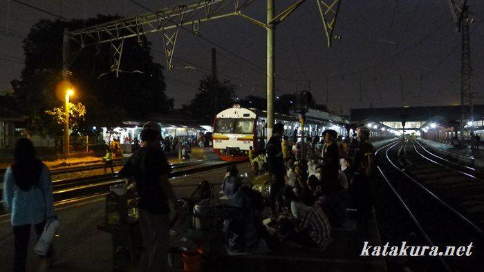 コタ駅,ジャカルタ・コタ,kota,ジャカルタ,電車