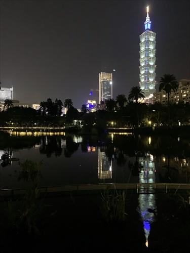 台北101,国父記念館,台北101夜景,仁愛路,台湾探見,台湾の街角,ディープ台湾